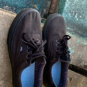 (Used) vans shoes,